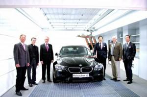 Multifunktions-Arbeitsplatz bei BMW-Reisacher