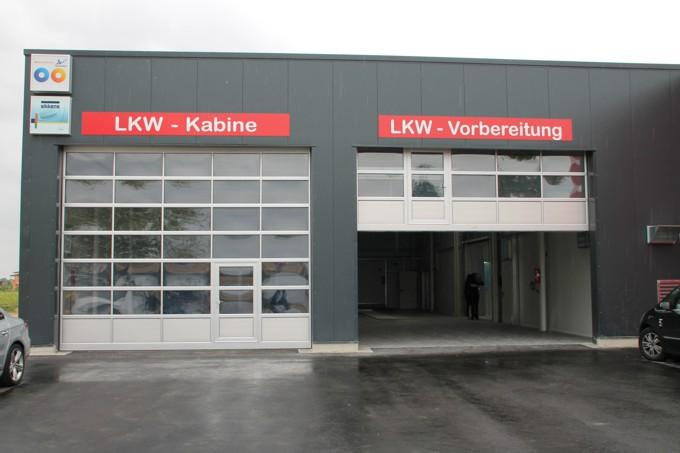 LKW Lackierkabine und LKW Fahrzeugvorbereitung